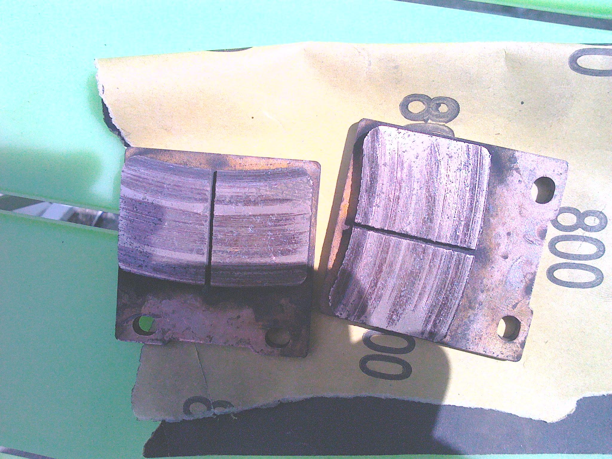 forums freins disques comment voir usure disques plaquettes motos bandit. Black Bedroom Furniture Sets. Home Design Ideas