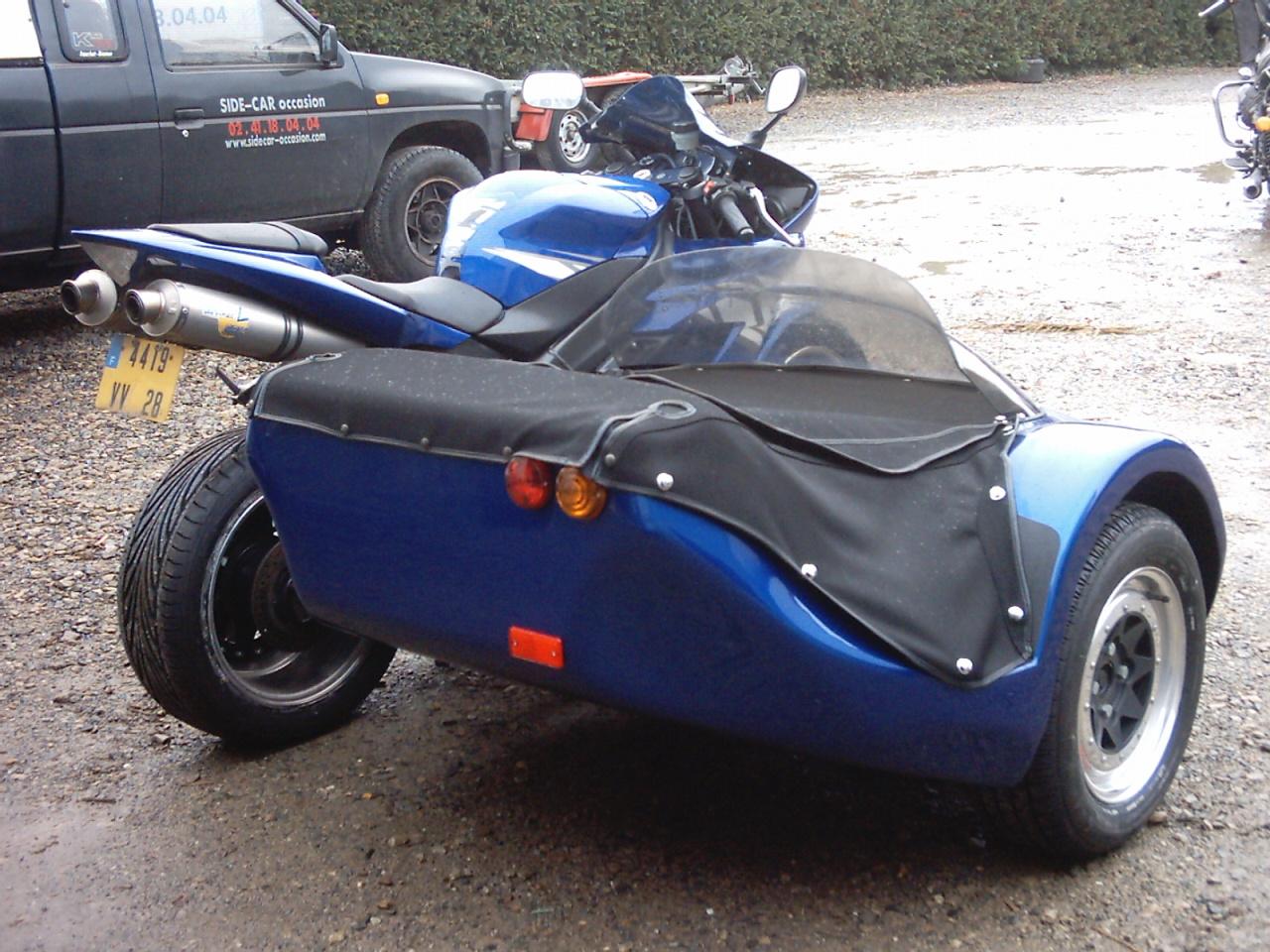 forums autres motos les sides ural prononc oural etc motos bandit. Black Bedroom Furniture Sets. Home Design Ideas