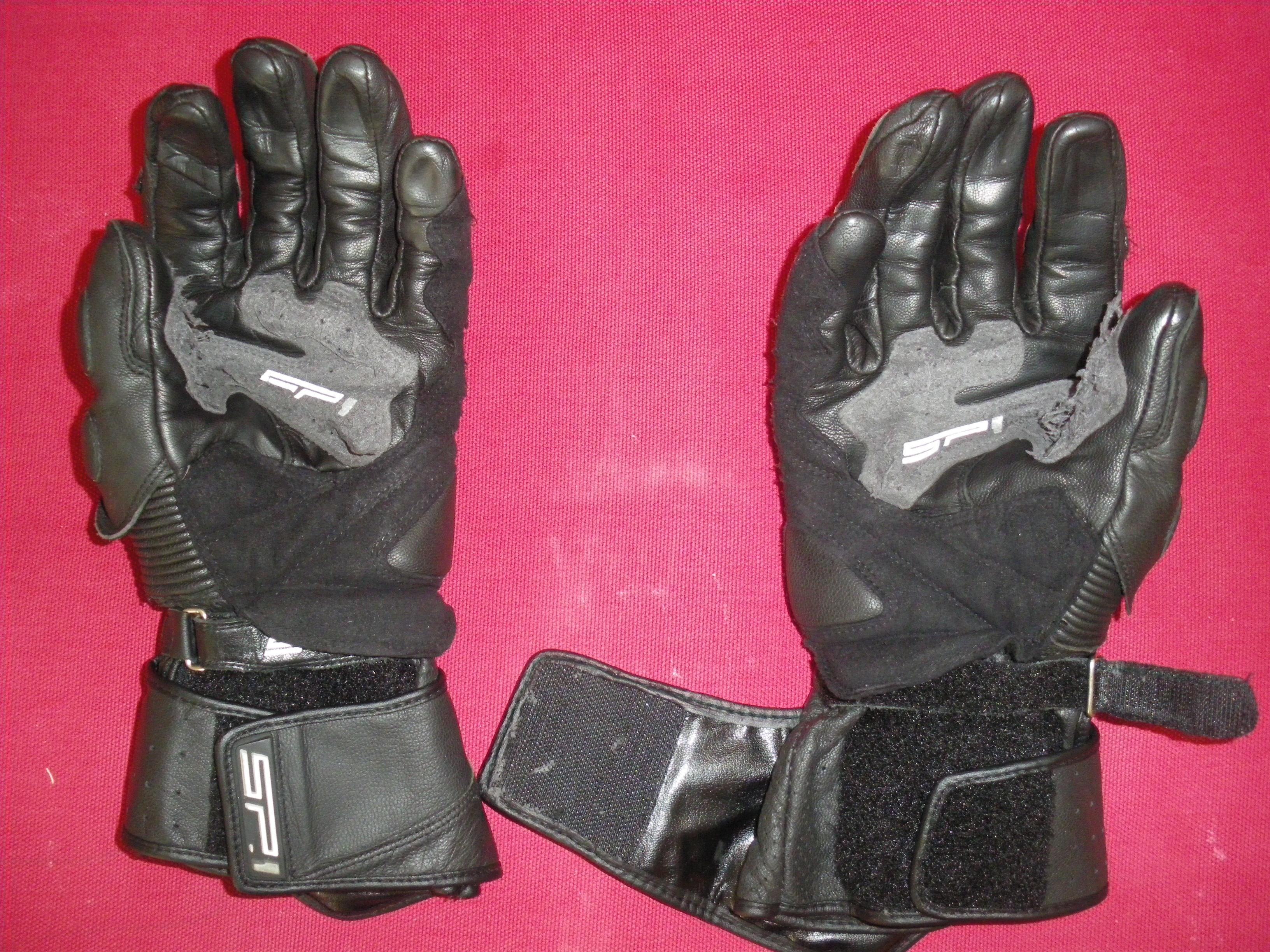 forums l 39 quipement du motard topic des gants motos bandit. Black Bedroom Furniture Sets. Home Design Ideas