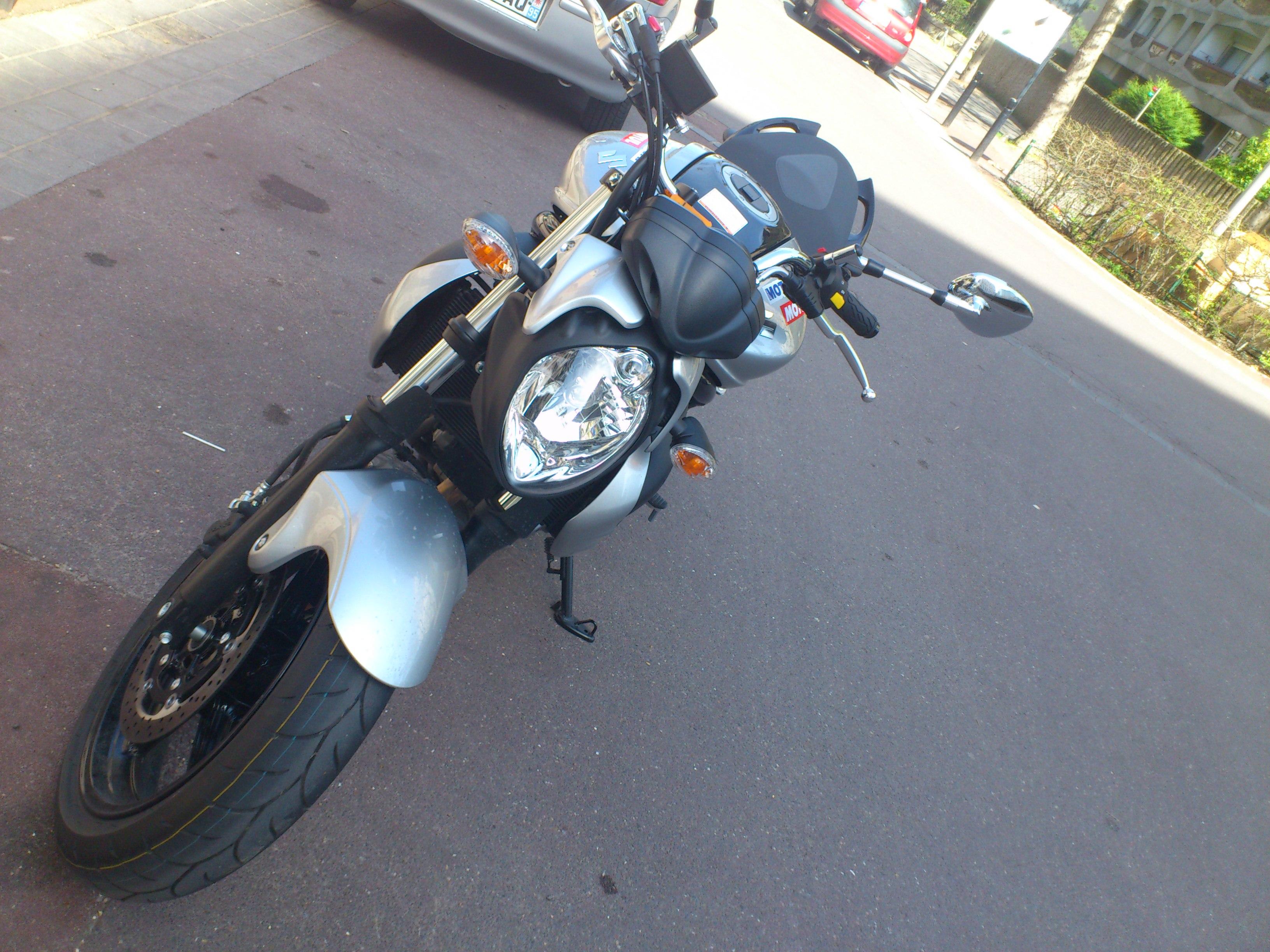 forums autres motos essai suzuki sfv 650 gladius la brutale made in japan motos bandit. Black Bedroom Furniture Sets. Home Design Ideas