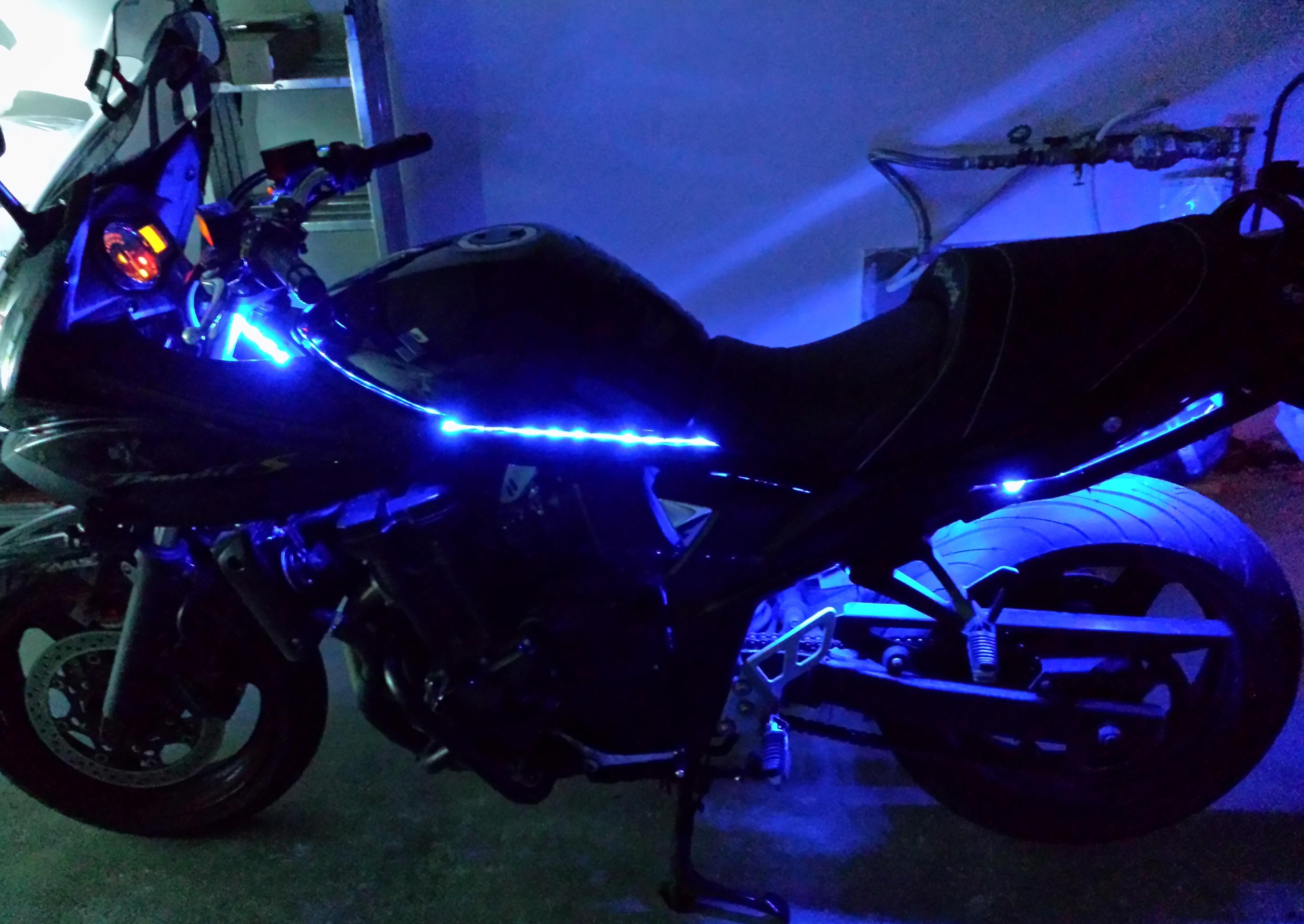 led pour moto 50cc voitures disponibles. Black Bedroom Furniture Sets. Home Design Ideas